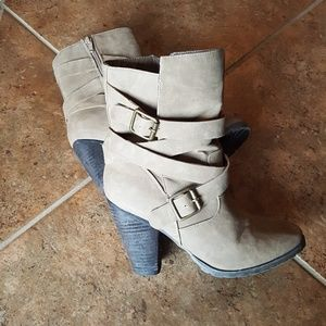 Bakers Heeled Ankle Bootie